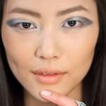 Como Fazer Uma Linda Maquiagem Metalizada