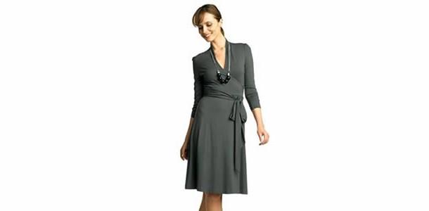 Combinações com um Belo Vestido Cinza