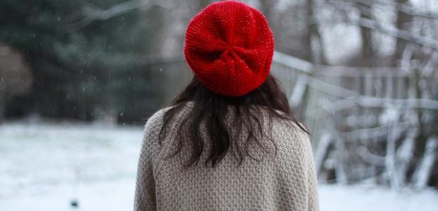 Aprenda a Combinar Chapéu, Touca e Boina no Inverno